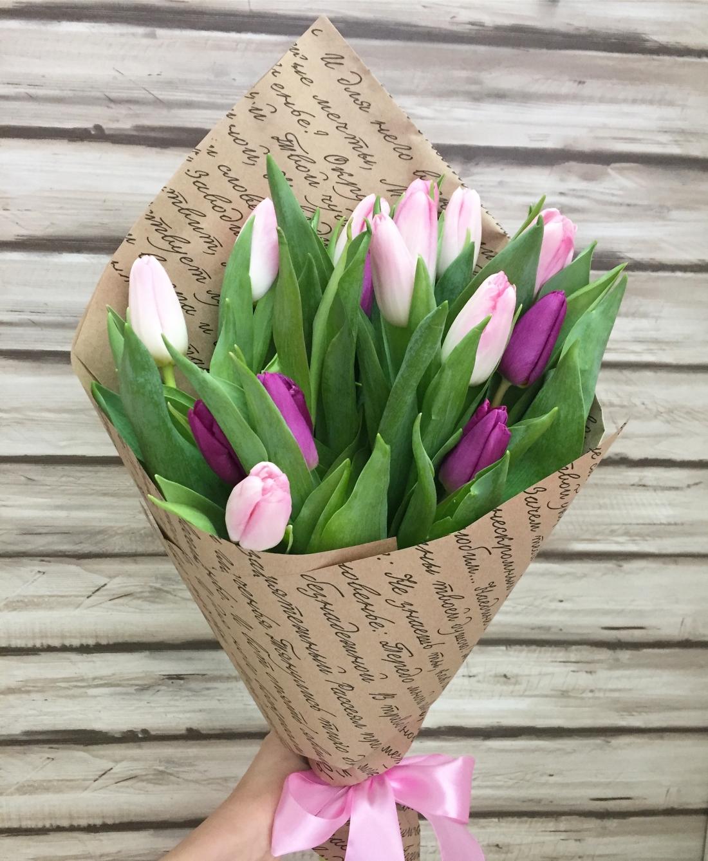 Цветы дарить, тюльпаны букеты в бумаге фото